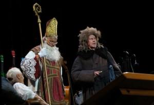 Gerhard Polt, Andreas Rebers und Mutti Well in den Münchner Kammerspielen 2014